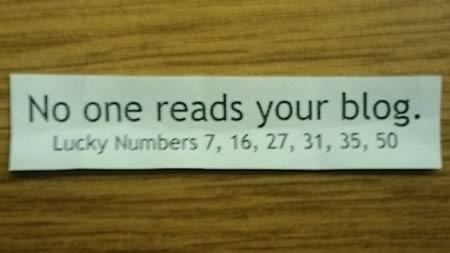 funny-cookie-fortune-messages-no-one-reads-your-blog