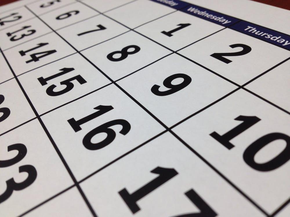 04-07-Calendar-pexels-photo-273011